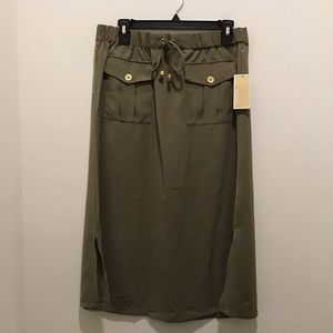 Michael Kors cargo skirt, NWT, Safari green